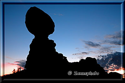Balanced Rock vor Sunrise