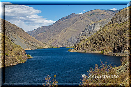 Canyon entlang des Hells Canyon Reservoirs