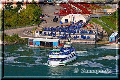 Tourboot Maid of the Mist im River