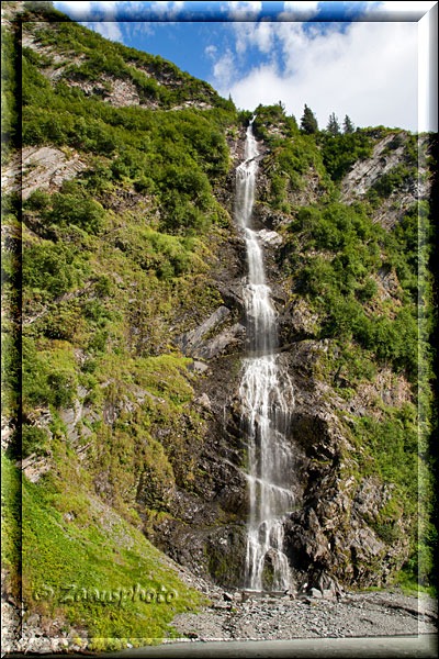 Wasserfall am Highway